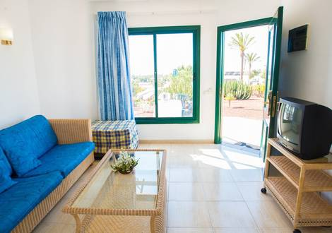 Bungalow Hotel HL Club Playa Blanca****